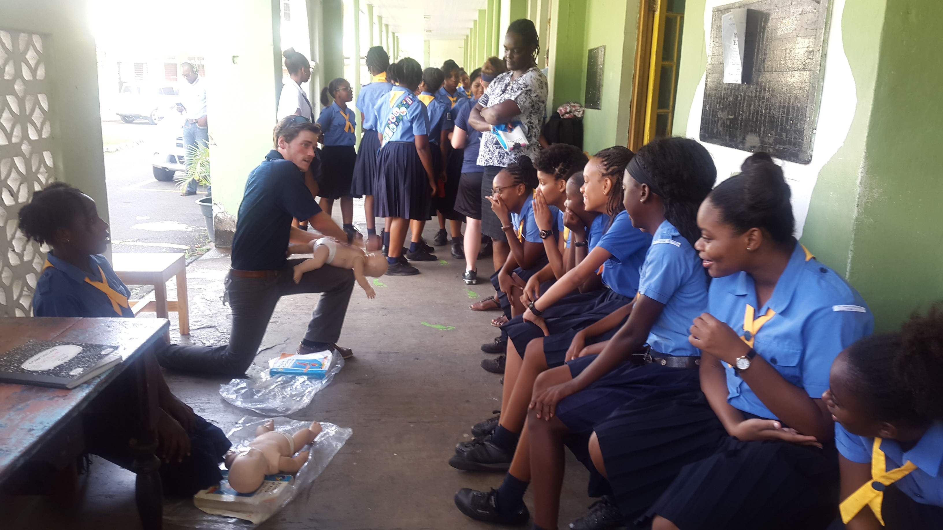 Trinity School of Medicine's Society of Medicine and Surgery Conducts First Aid Training